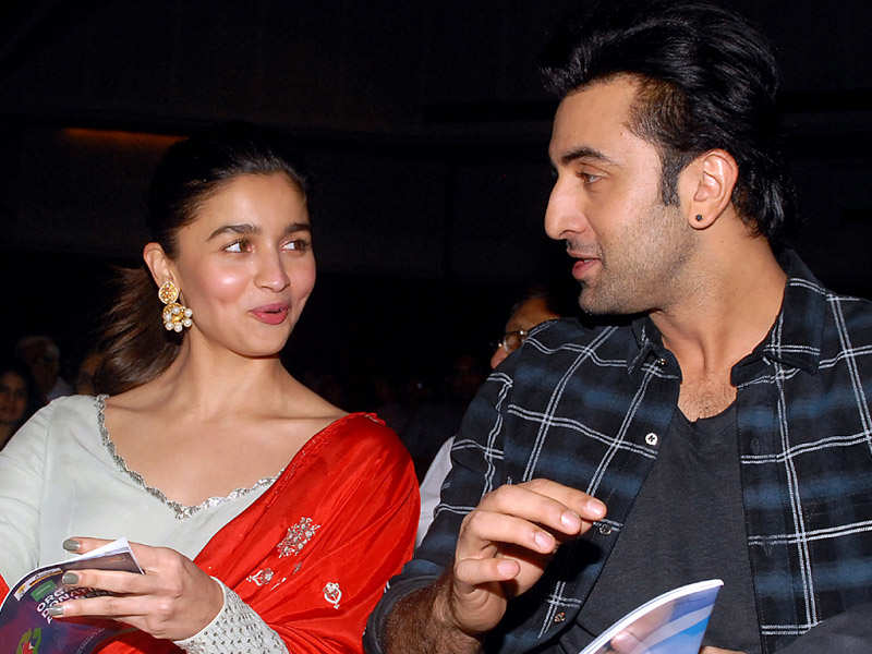 Alia Bhatt sings for Ranbir Kapoor